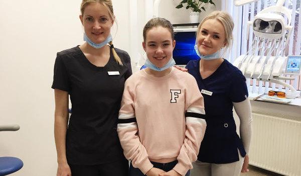 """SIA Denta M zobārstniecības darbinieki un """"ēna"""""""